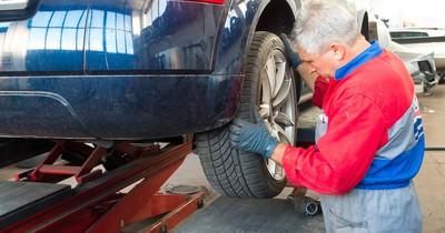 Ab 2018: Neue Pflichtuntersuchung beim TÜV für alle Autos