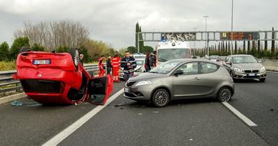 Wird die Unfallflucht bald nicht mehr strafbar?